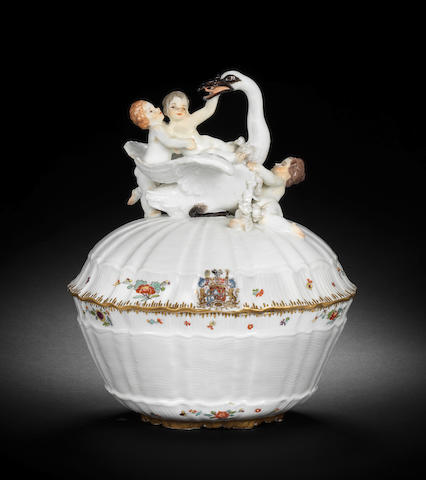 A very rare Meissen écuelle and cover from the Swan service, circa 1740