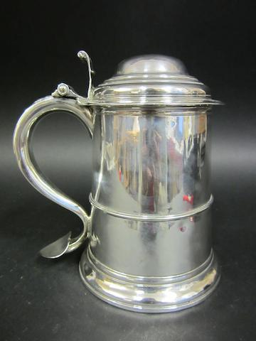 A George II lidded tankard by Isaac Cookson, Newcastle 1747