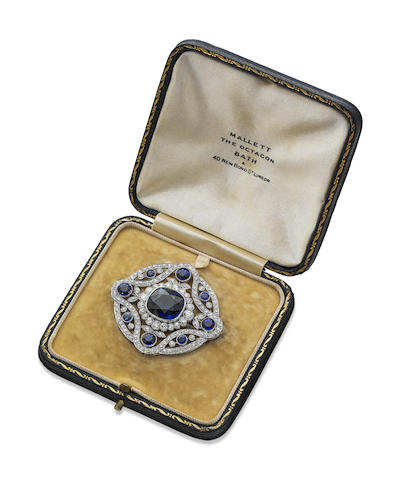 An Edwardian sapphire and diamond brooch/pendant