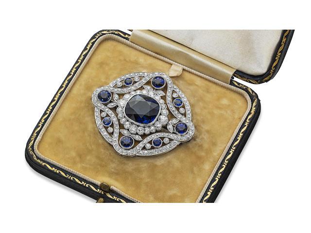 An Edwardian sapphire and diamond brooch/pendant
