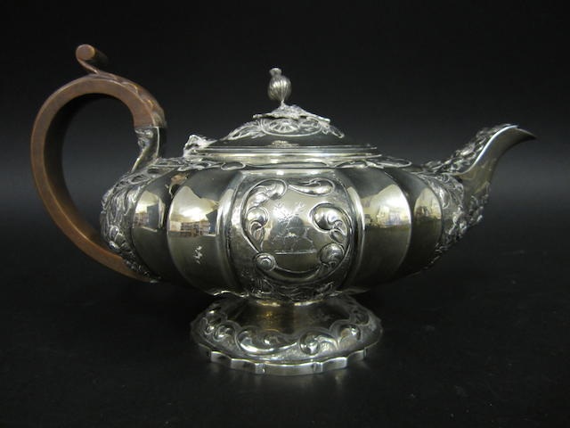 A George IV silver teapot by George Burrows II, London 1824