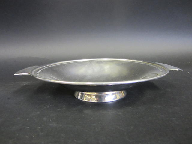 An Art Deco silver two-handled bowl by Charles Green & Co., Birmingham 1936