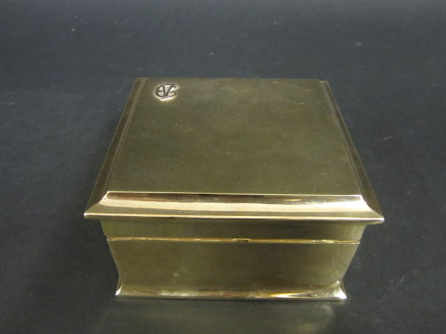 A 9ct gold cigarette box by Goldsmiths & Silversmiths Co. Ltd., London 1929