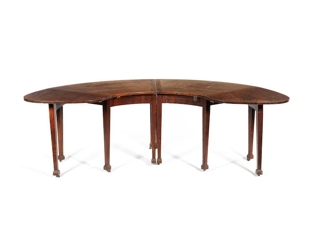 A late George III mahogany hunt table