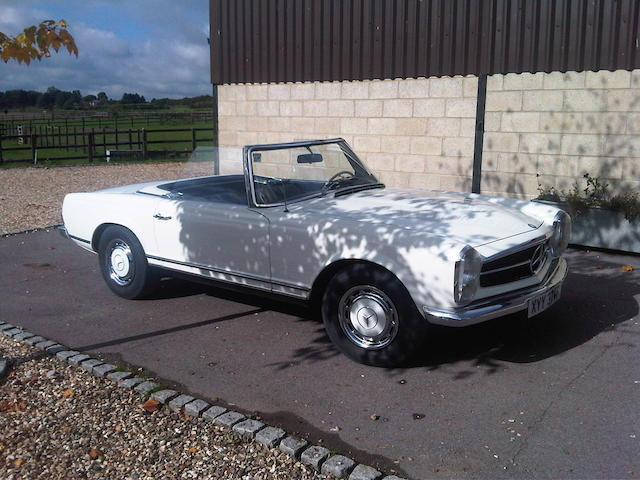 1967/8 Mercedes-Benz 250SL Convertible  Chassis no. 11304312005054