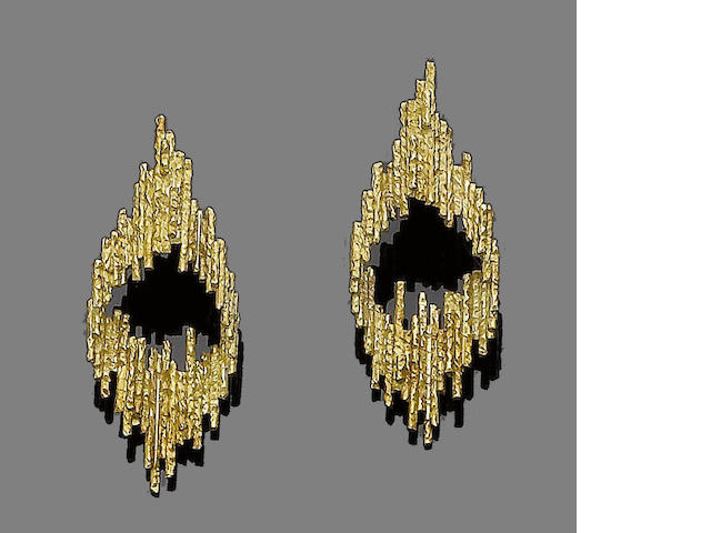 A pair of gold earrings, by Grima,