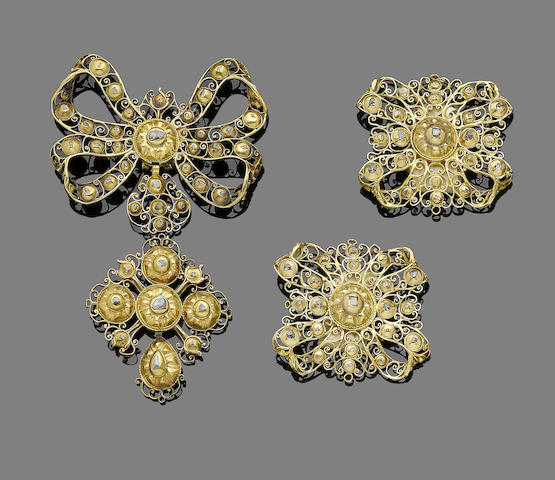 An 18th century gold and diamond suite, probably Portuguese (3)