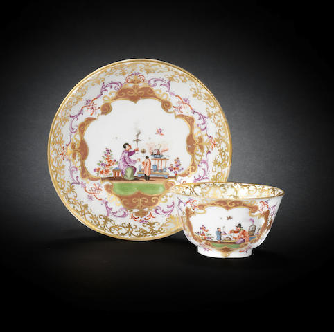 A Meissen teabowl and saucer, circa 1728