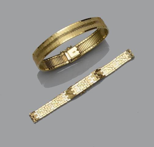 Two precious metal bracelets (2)