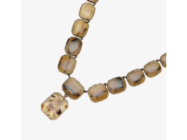 An early 19th century agate necklace