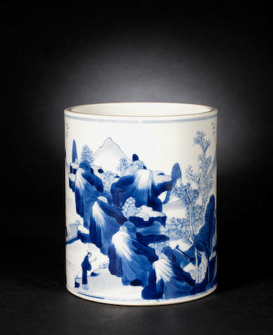 An elegant blue and white brushpot, bitong Kangxi