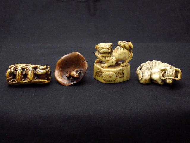 Four animal netsuke Meiji
