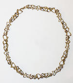 Stuart Devlin: A silver-gilt necklace