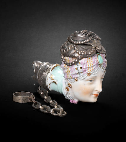A Meissen pipe head, circa 1800