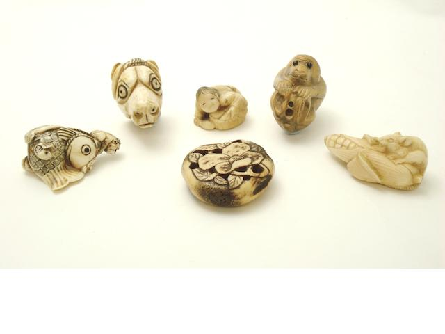 A collection of netsuke Meiji/Taisho