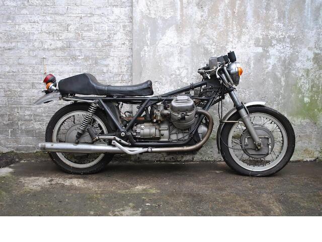 Moto Guzzi V7,