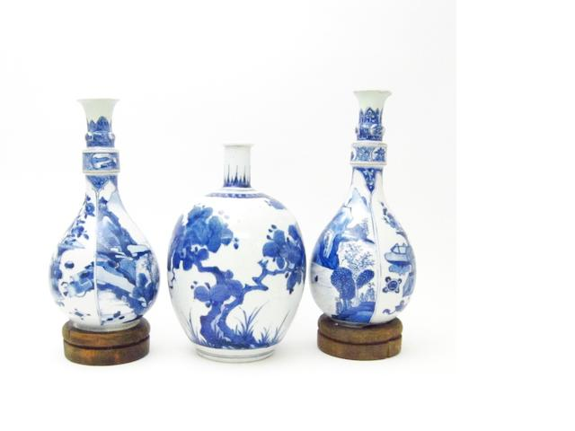 A ko-Imari vase together with a pair of Kangxi vases Late 17th/18th century