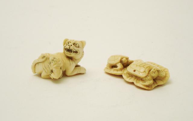 Two ivory netsuke, Meiji,
