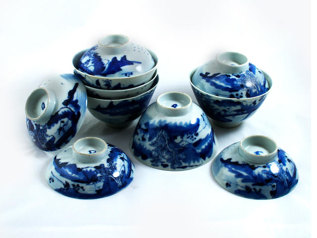 A collection of five Chinese blue and white covered bowls  19th Century