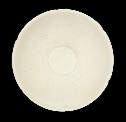 A fine Dingyao carved bowl, Northern Song Dynasty