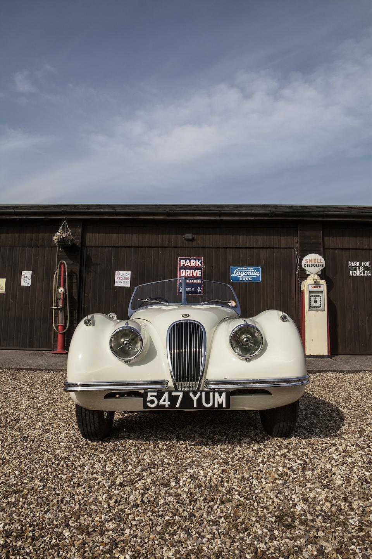 1952 Jaguar XK120 Roadster, Chassis no. SABTVRO372B268757 Engine no. W6989