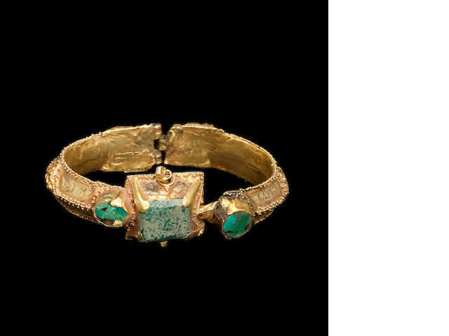 A Seljuk turquoise inlaid gold Bracelet Persia, 12th/ 13th Century