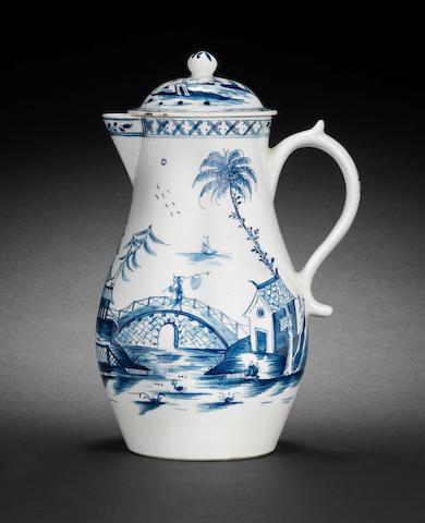 A good Lowestoft jug and cover, circa 1775