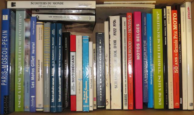 A quantity of French text motorcycle books,