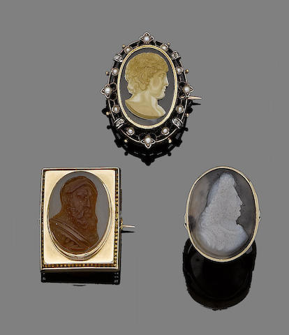 A 19th century hardstone cameo ring and four hardstone cameo brooches (5) (partially illustrated)