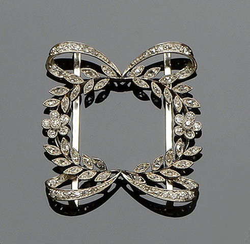 An Edwardian diamond set choker slide