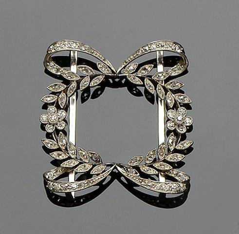 An Edwardian diamond set choker slide