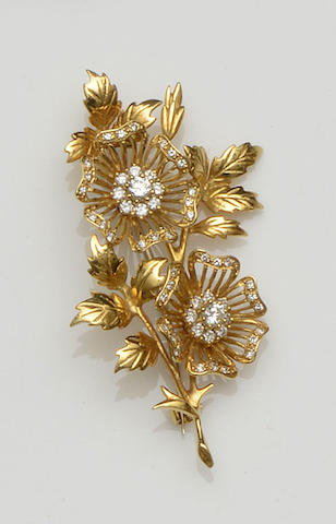 Cropp & Farr: An 18ct gold and diamond floral brooch