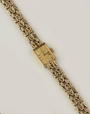 Bucherer: An 18ct gold lady's wristwatch