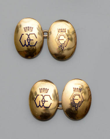 A pair of Royal presentation cufflinks