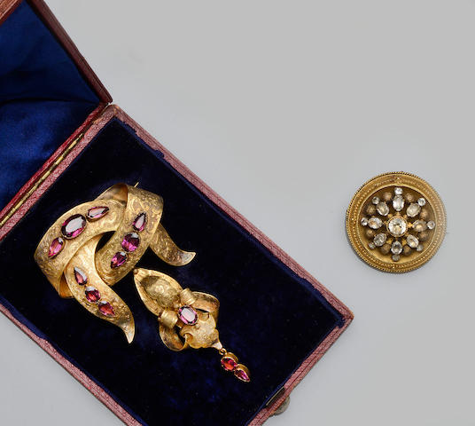 A collection of 19th century and later jewellery