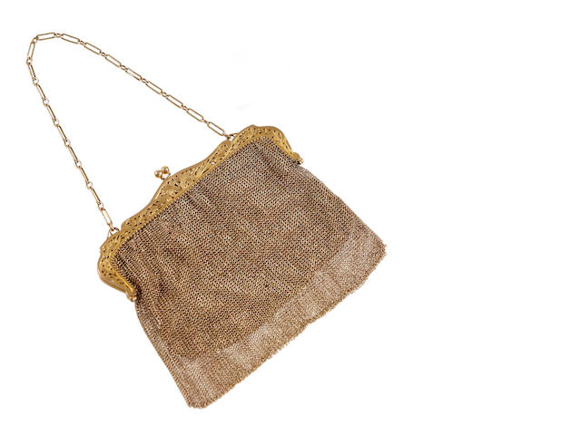 A 9ct gold mounted evening bag