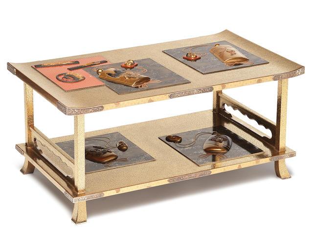 A gold lacquer rectangular single-shelf shodana (table) By Kitamura Tatsuo (born 1952), 20th century