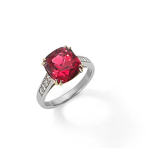 A red spinel ring