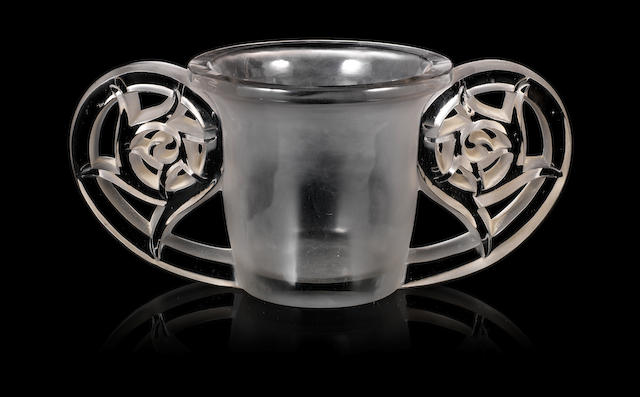 René Lalique (1860-1945) 'Pierrefonds' a Vase, design 1926