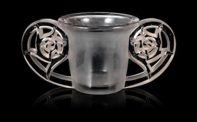 René Lalique (1860-1945) 'Pierrefonds' a Vase, design 1926