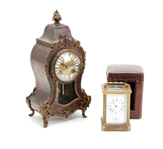 An early 20th century tortoiseshell boulle mounted mantel clock  2
