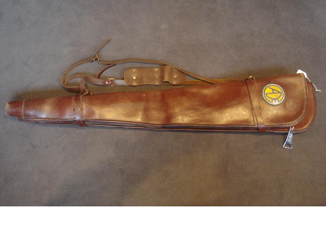 A pair of John Macnab leather single-gunslips