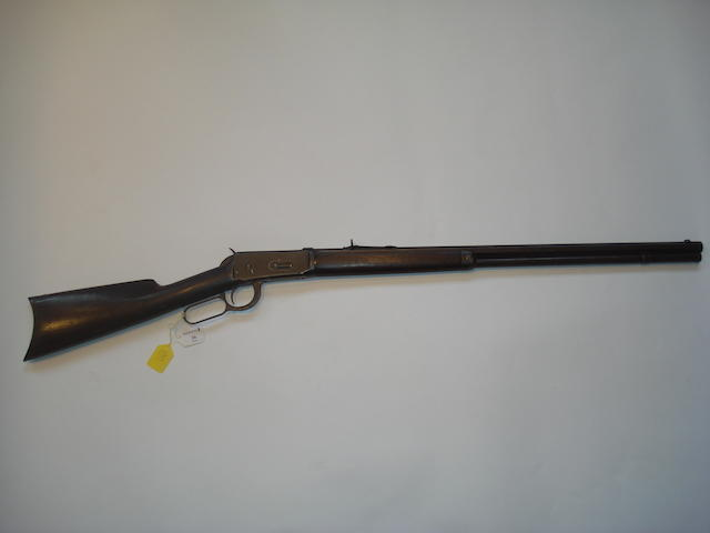A .32-40 'Model 1894' underlever rifle by Winchester, no. 47506