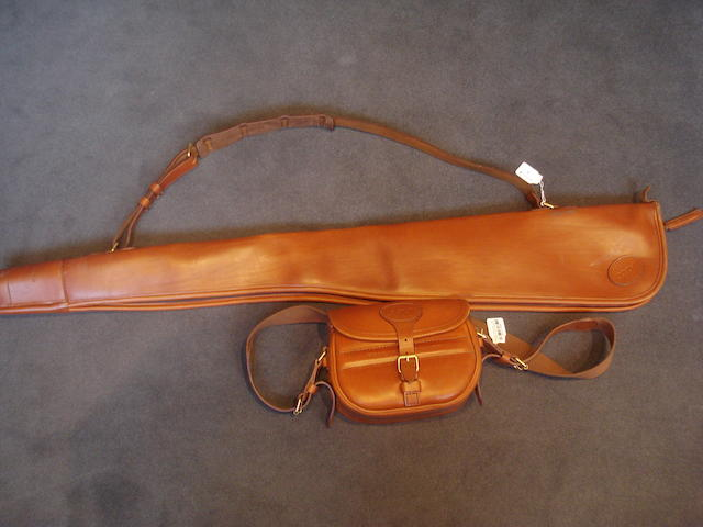 A Holland & Holland leather single-gunslip (2)