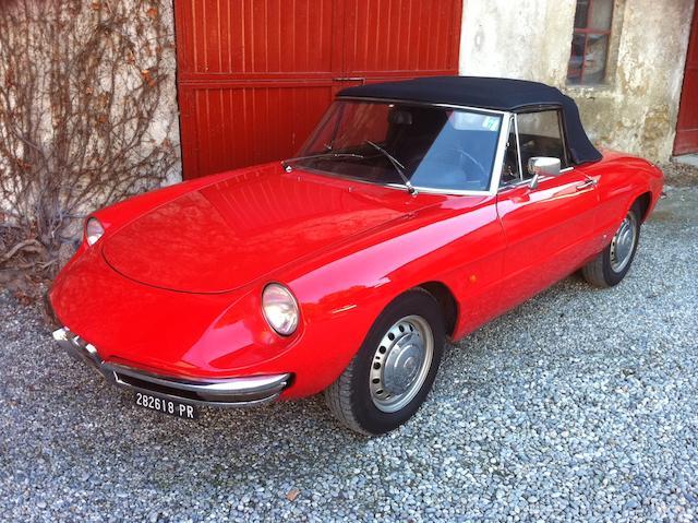 1966 Alfa Romeo 1600 Duetto Spider 'Osso di Sepia'  Chassis no. 660557 Engine no. AR 00536 02556