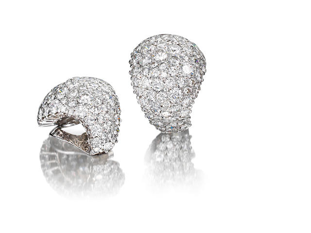 A pair diamond ear clips