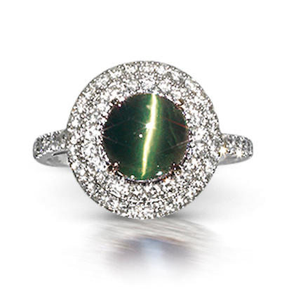 A cat's eye alexandrite and diamond ring