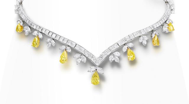 A diamond and coloured diamond necklace