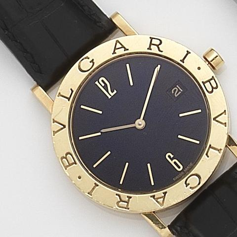 Bulgari. An 18ct gold quartz calendar wristwatch Diagono, Ref:BB33GL/L272136, Circa 2000