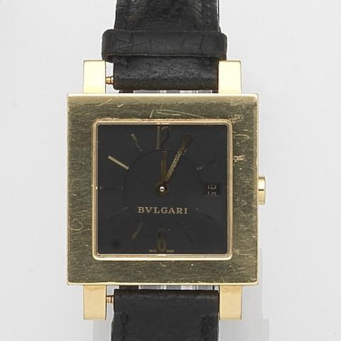 Bulgari. An 18ct gold quartz calendar wristwatch Quadrato, Ref:SQ29GL, Case No.L1448, Circa 2000